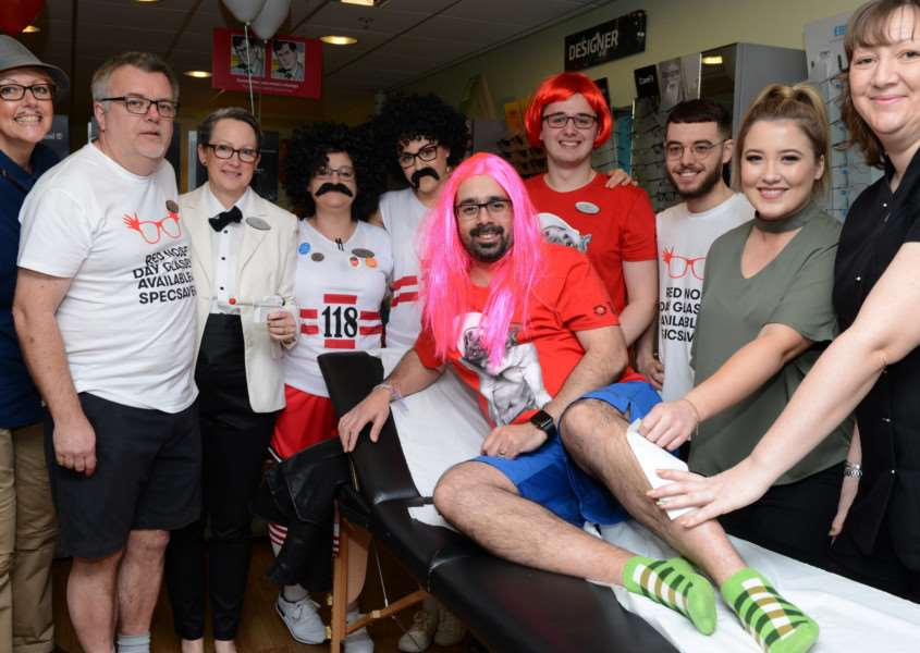 Specsavers raises money for Comic Relief