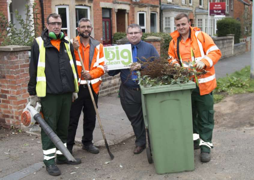 Councillor Adam Stokes visited the Big Clean teams working on Harrowby Lane.