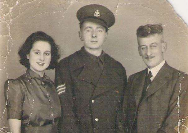 Fred Foster with his parents Hilda and Harry. EMN-160414-133717001
