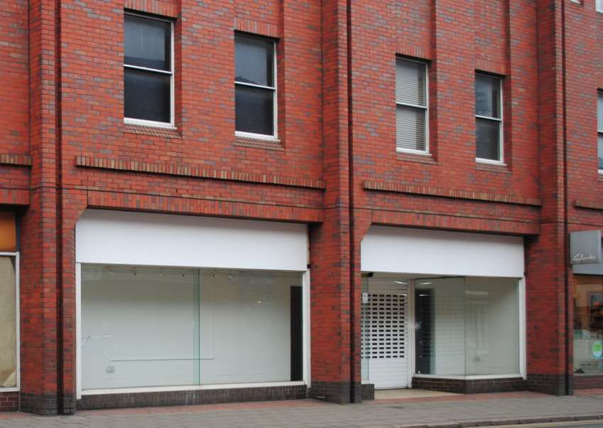 The former High Street premises of Dorothy Perkins is to re-open as Store Twenty One.