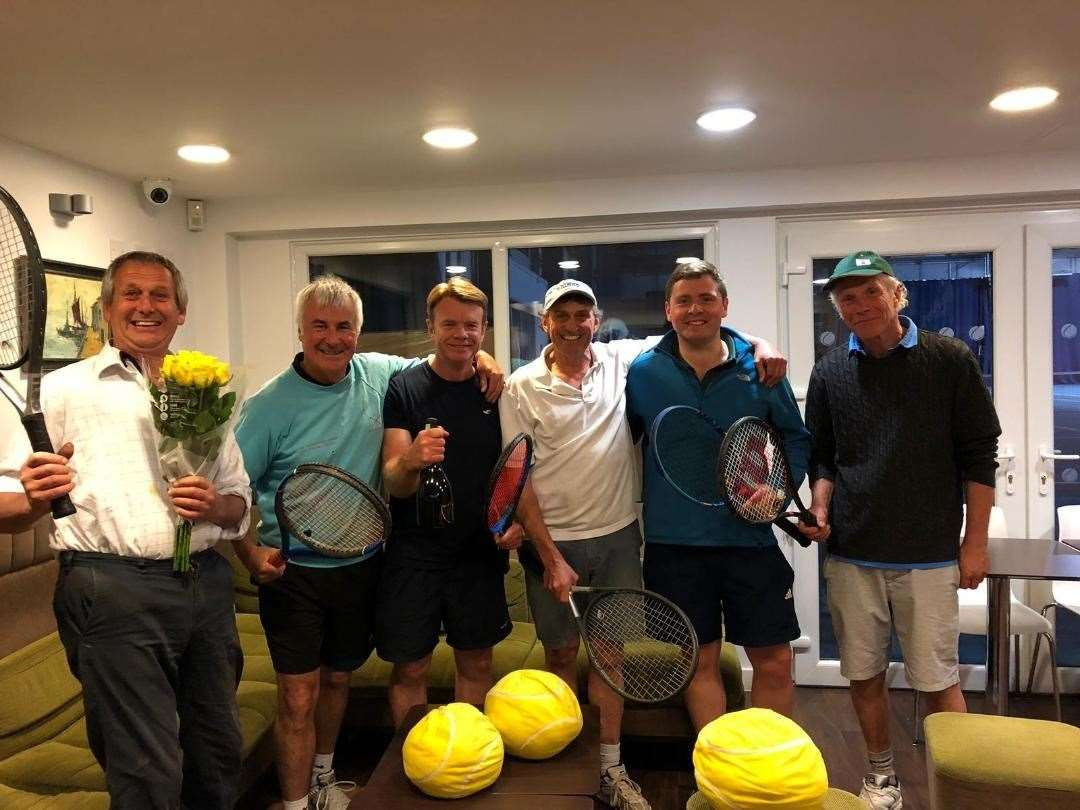 Grantham Tennis Club E team (11303807)