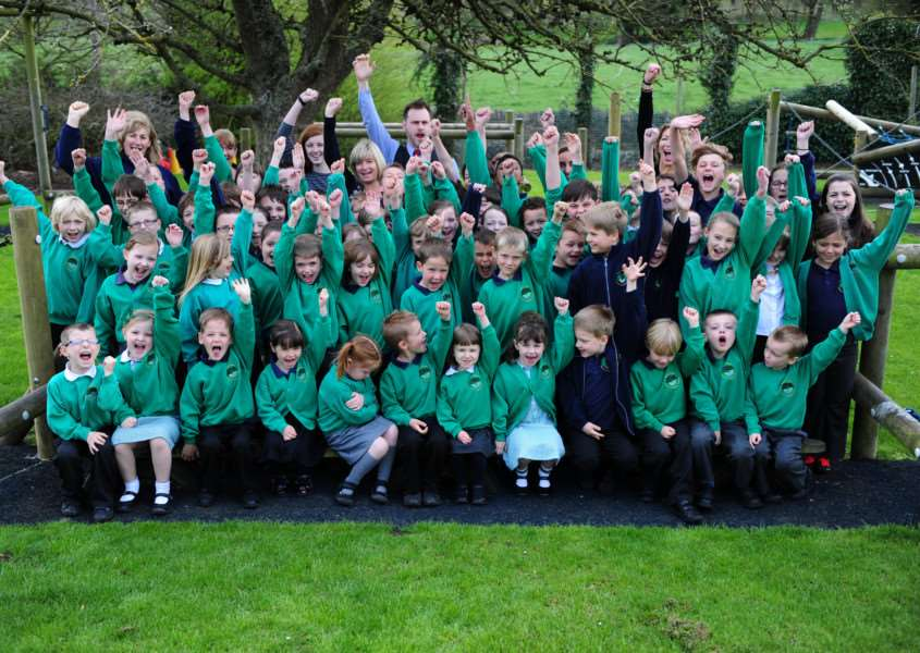 Celebrating a 'good' Ofsted at Gerat Ponton Primary School. Photo: 334A