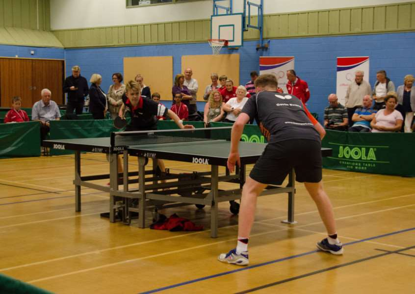 Tom Harvis versus Gavin Evans in an exhibition match. Photo: Nix Pix UK