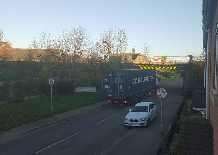 The scene this morning after a lorry collided with a railway bridge at Ancaster. Photo by Lynsey Hutsby. EMN-151211-163535001