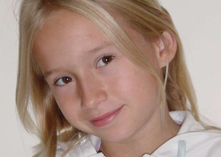 Rosie May Storrie (10), of Bottesford, who was murdered in 2003 EMN-150615-145012001