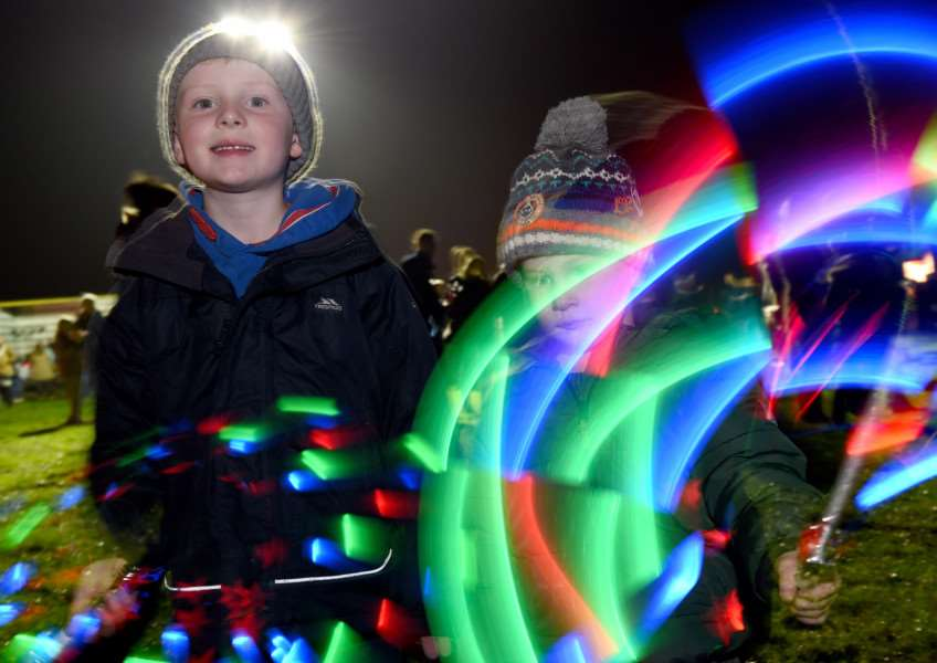 Bonfire and fireworks in Grantham. Olly and Finley Huddart