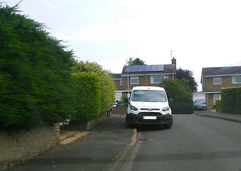 A 'Dozy Parker' in Saltersford Grove, Grantham