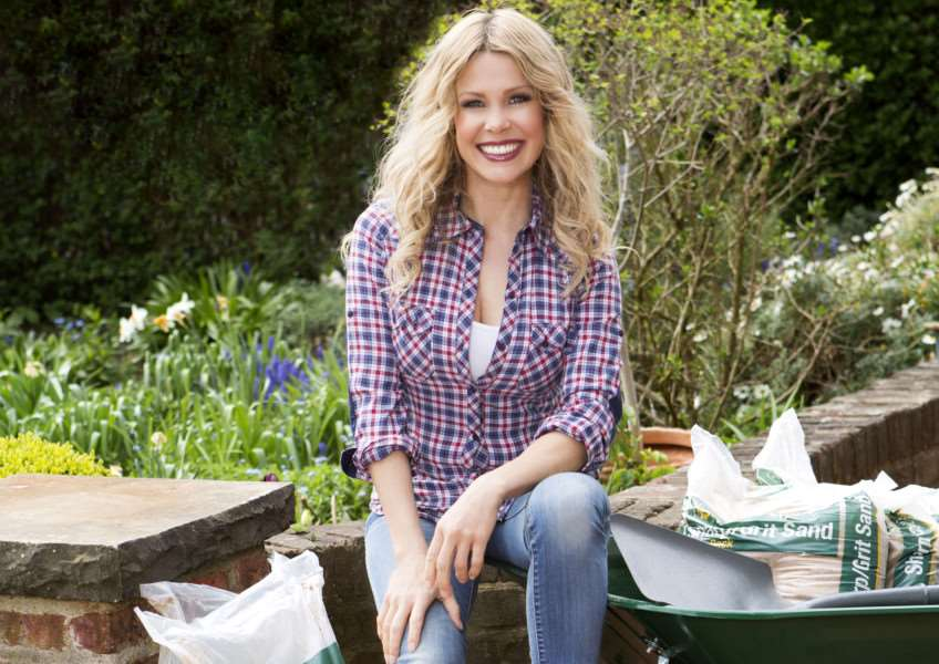 Melinda Messenger and Travis Perkins are looking for the best landscapers in the country.