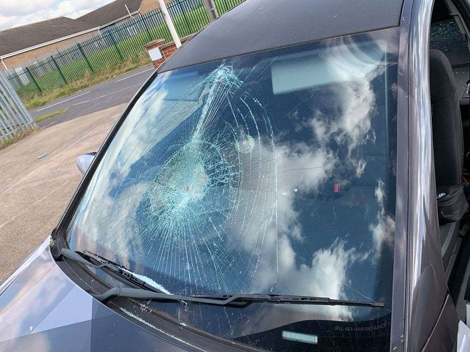 The car was vandalised on Friday night. (16313635)