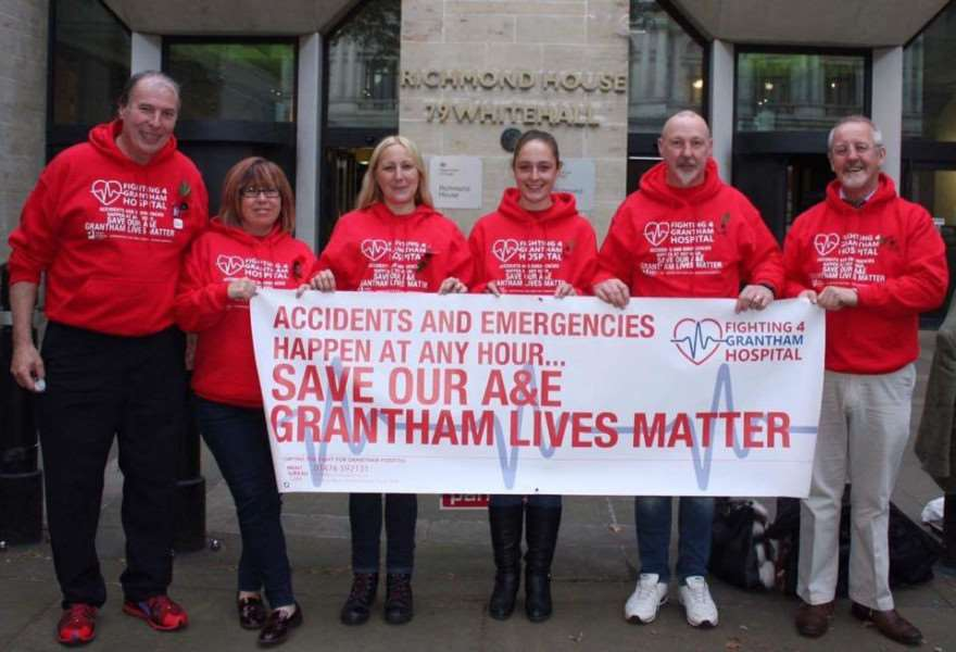 Grantham campaigners on their trip to London to meet Health Secretary Jeremy Hunt. Hkd_5jat6i6bM37kci7t
