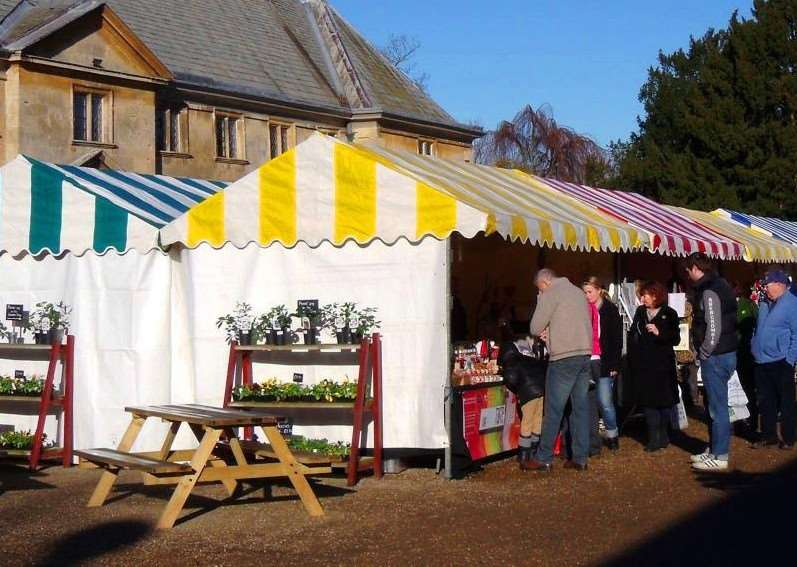 Winter market at Belton House