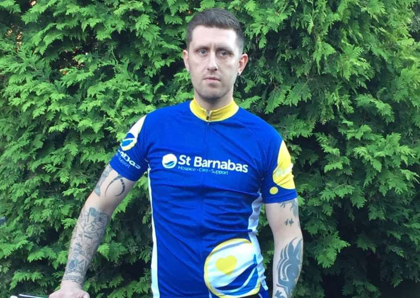 Grantham fitness instructor Kris Eyre who plans to cycle from London to Paris in aid of the St Barnabas Lincolnshire Hospice Trust EMN-160913-104327001