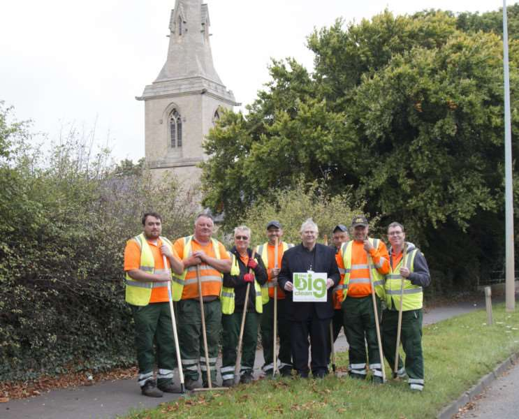 Councillor Ian Stokes joined Big Clean teams in Manthorpe village.