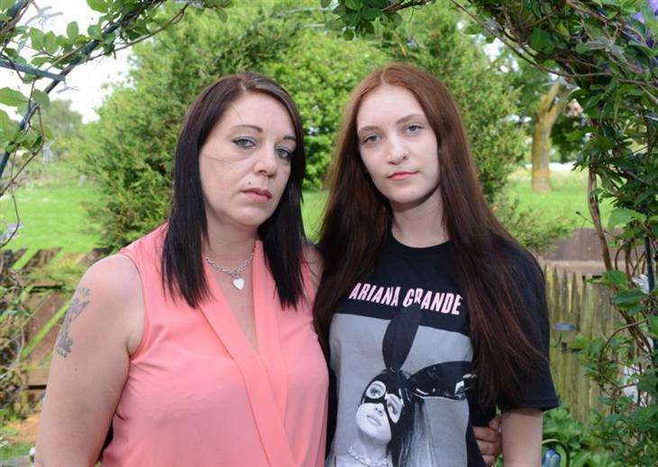 Clare Goodband and Shanie Stimson pictured a few days after the Manchester Arena bomb attack. (2225442)