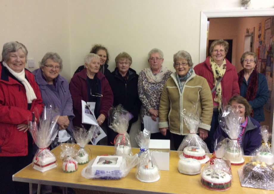 Grantham Sugarcrafts donate Christmas cakes to worthy causes.