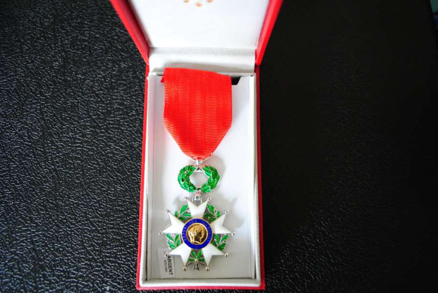 The Legion d'Honneur medal given to Frank Northing.