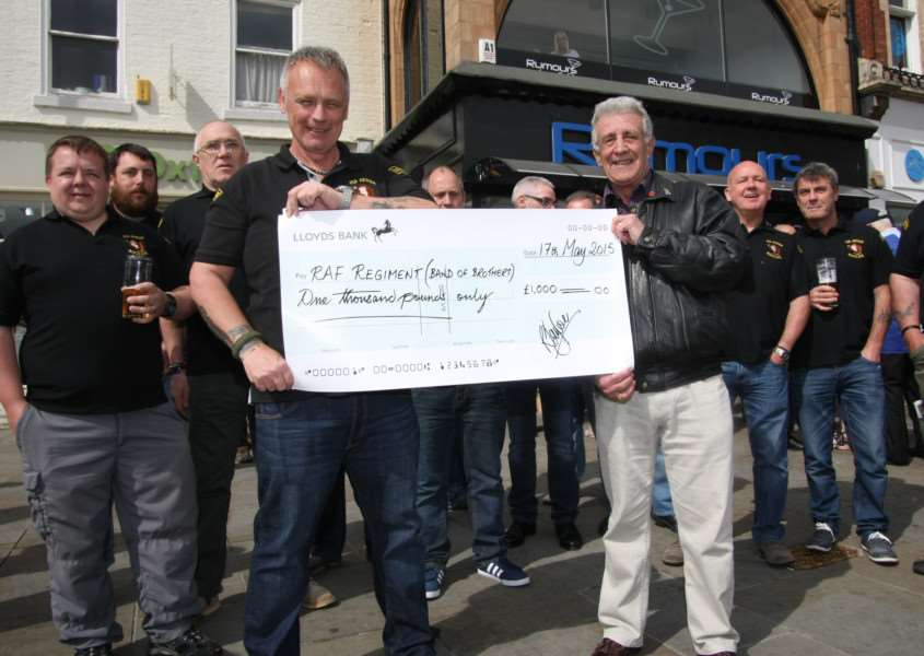 Cheque for Band of Brothers EMN-150519-145143001