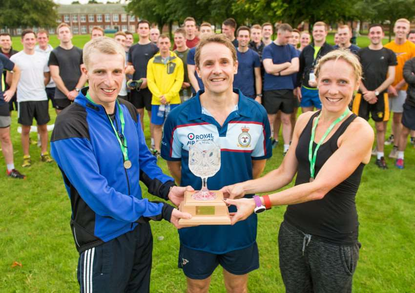 The participants of the 10km run at RAF College Cranwell to raise funds for MacMillan Cancer Support with Commandant Air Commodore Peter Squires and race winners Andrew Smith and Emily Foran. Photo by Gordon Elias, RAF College Cranwell EMN-160710-175531001