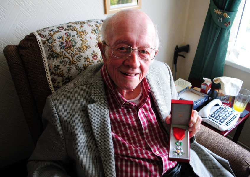 Frank Northing with the Legion d'Honneur.
