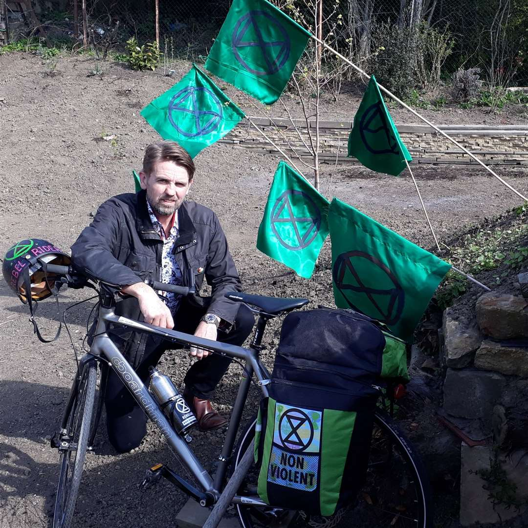 Ben McGorty on his bike trip to London from Grantham to join the Extinction Rebellion protest. (9026349)