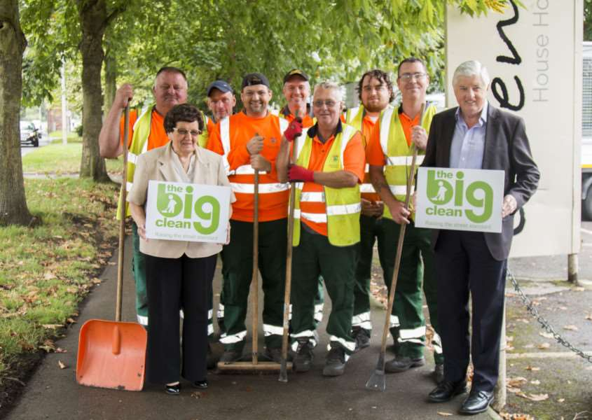 Big Clean: Couns Jacky Smith and Ray Wootten join volunteers.