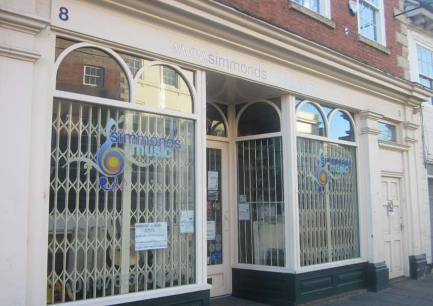 Simmonds Music has closed in Westgate, Grantham.