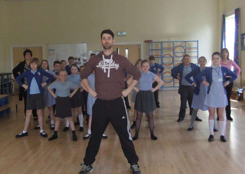 West End star Oliver Tompsett puts Barkston Primary School pupils through their paces.