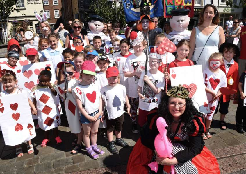 Grantham Carnival parade: National Junior and Harrowby Infant schools