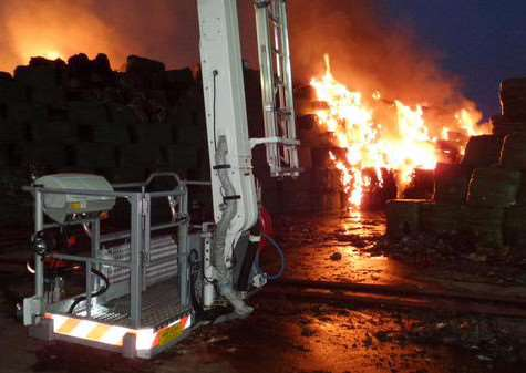 The blaze at Mid UK Recycling in Barkston Heath. Photo: Phillip Grimes EMN-151007-092842001