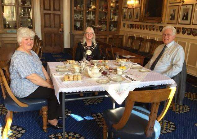 Margaret and Tony Topliss take afternoon tea with the Mayor of Grantham, Linda Wootten, in the Mayor's parlour.