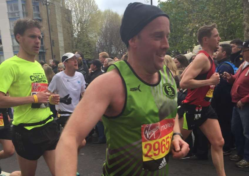 GRC's Paul Rushworth in good spirits at mile 11.