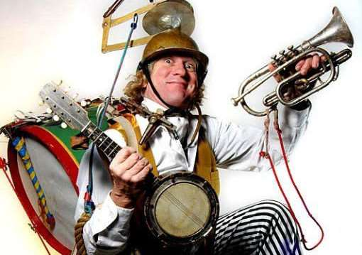 Bill Brookman, a one-man band, will be entertaining at Grantham's Christmas on the Green.